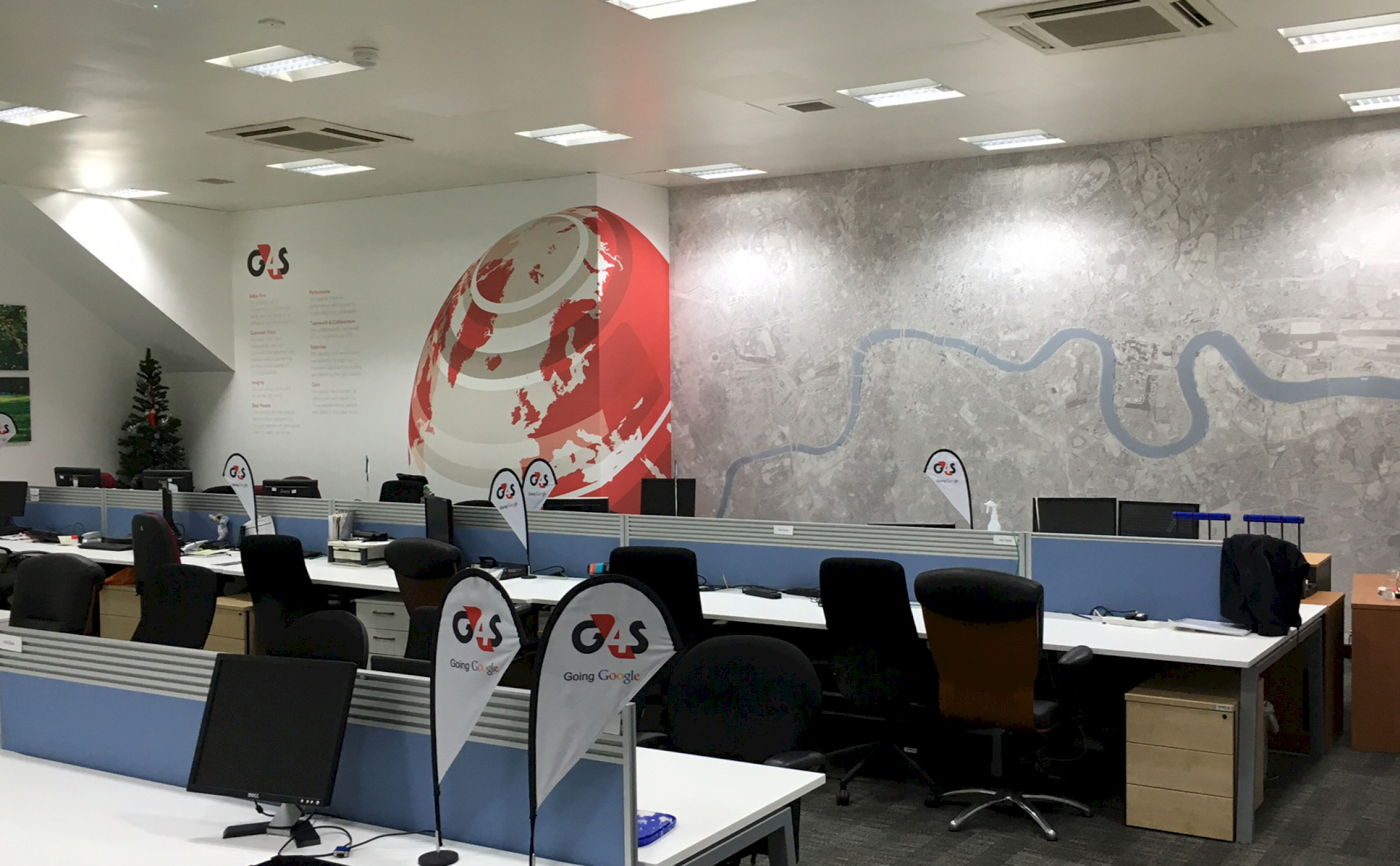 G4S wall covering photograph